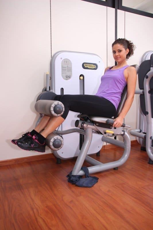 Übung,Oberschenkel, Arthrose, Knie, Schmerzen, Schmerz, Therapie, Stabilisierung Beinbeuger, Übung zur Kräftigung der Oberschenkelmuskulatur