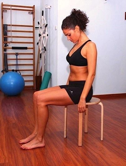 Nackenübung,Kopfschmerzen,Flexion