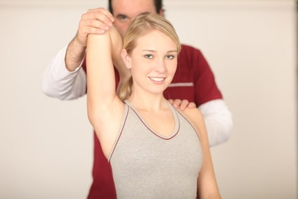 Fraktur,Schlüsselbeintest,Physiotherapie,Übung,Rotation,extern,Schmerz