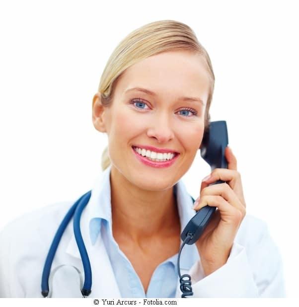 Peritonitis,Arzt,rufen,sofort,Notarzt,Infektion,Schmerz