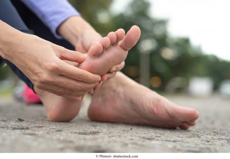 Fußschmerzen, Fuß, Auftreten, Spann, Außenseite